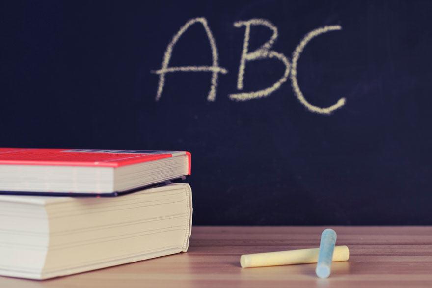 Pacto contra la exclusión en las aulas